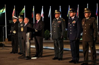 Iván Duque y Guillermo Botero presentan la nueva cúpula militar