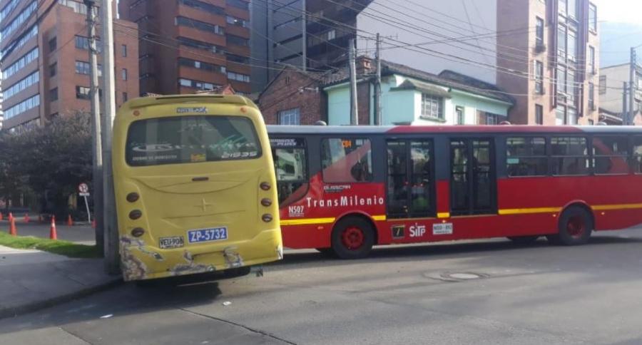 Accidente entre buses dual de Transmilenio y SITP Provional