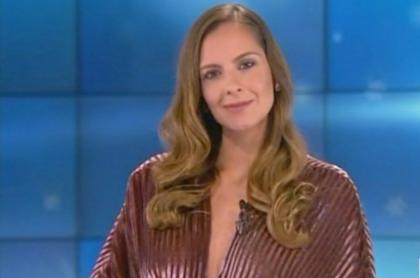 Laura Acuña presentando Miss Universo.