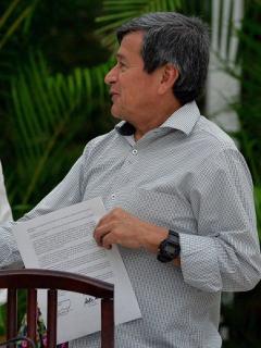Gustavo Bell, negociador del Gobierno; Iván Mora, garante de cuba; Pablo Beltrán, negociador del Eln.