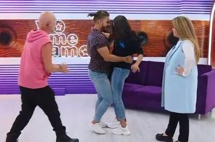 'Maía' y 'Maluma' bailan durante un ensayo del programa 'Yo me Llamo'.
