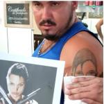 Tatuaje fallido de Angelina Jolie.