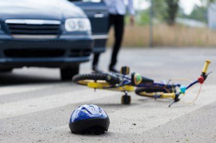 Accidente de un ciclista y un automovilista