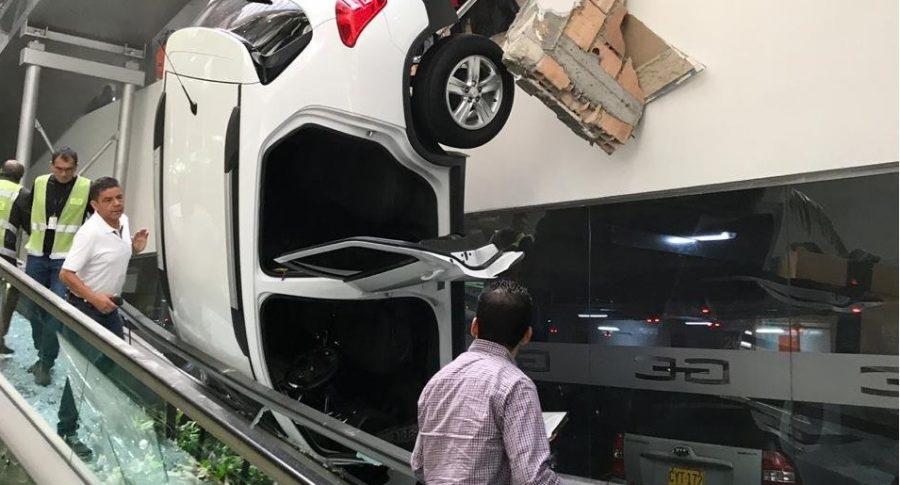 Accidente de carro en gran Estación