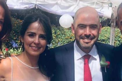 Claudia Palacios, periodista, con su esposo Jorge Bedoya, presidente de la Sociedad de Agricultores de Colombia (SAC), el presentador Adrián Magnoli, y la pareja de él, Susy San Juan.