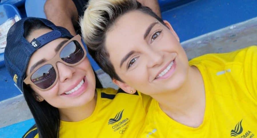 Camila Chaín, locutora, y su esposa Kelly Barrios, veterinaria.
