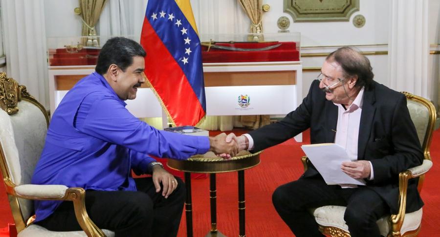 Nicolás Maduro, mientras ofrece una entrevista al periodista español Ignacio Ramonet