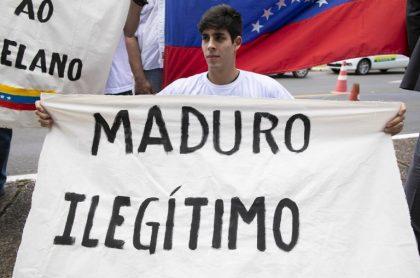 Venezolano en contra de Maduro