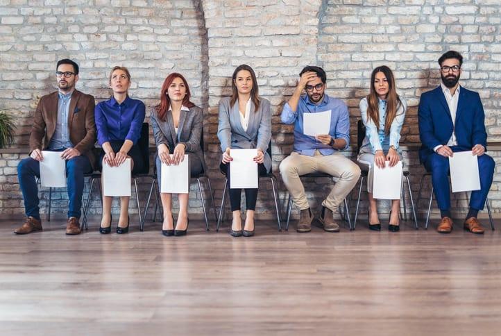 Personas buscando trabajo