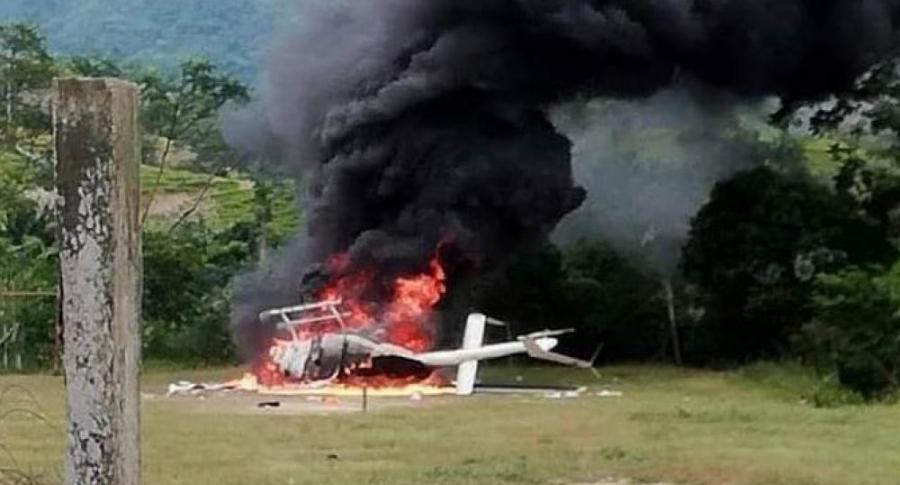 Helicóptero atacado