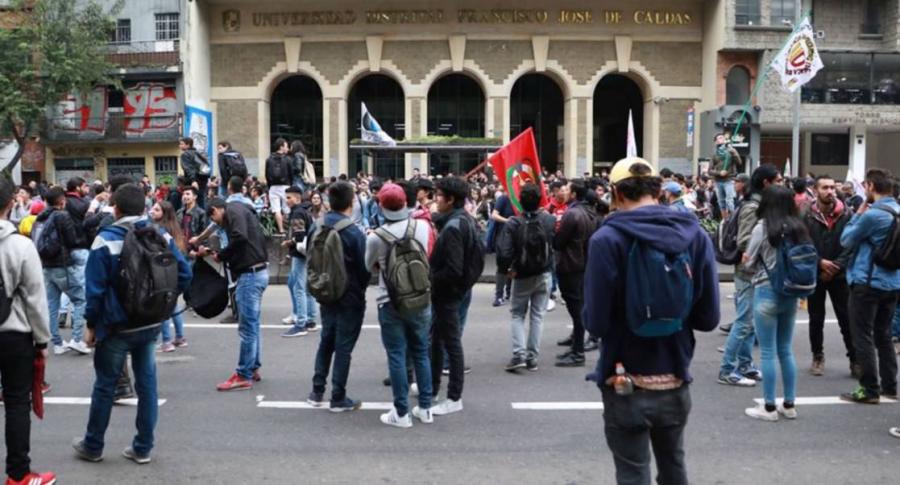 Estudiantes de la Universidad Distrital, en Bogotá.