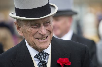 La reina Isabel II, acompañada de los miembros más cercanos de la familia real británica, despide este sábado a su esposo, el príncipe Felipe.