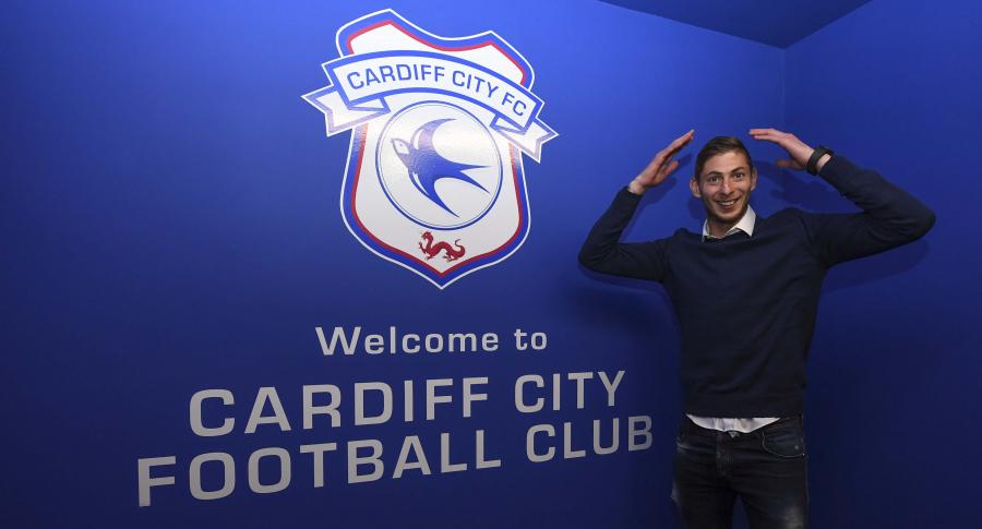 Emiliano Sala fue presentado por el Cardiff City FC