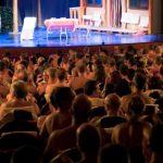 Teatro nudista en París