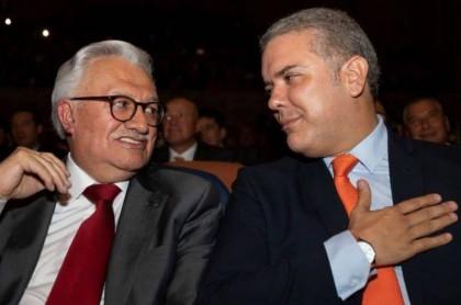 Everth Bustamante e Iván Duque
