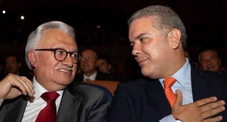 Everth Bustamante e Iván Duque