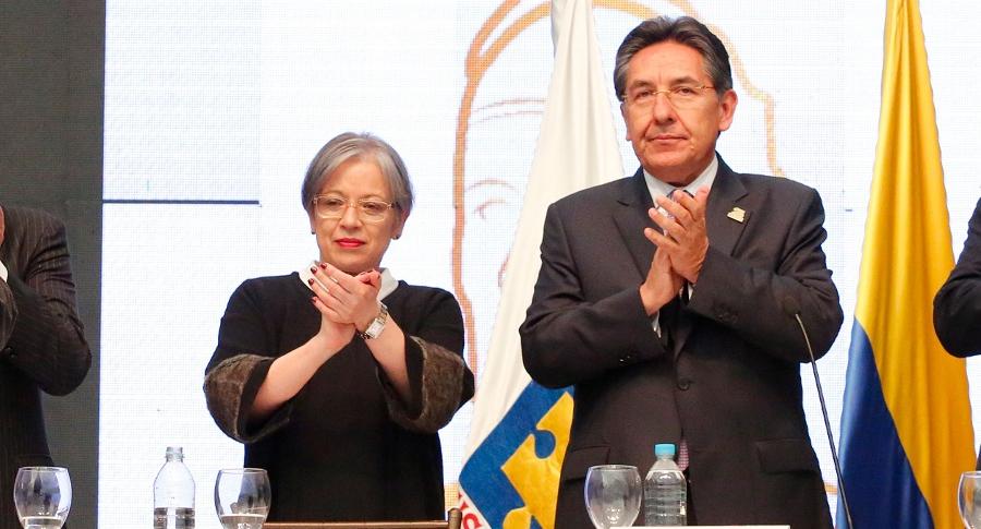 María Paulina Riveros y Néstor Humberto Martínez