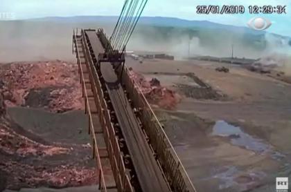 Ruptura de dique minero en Brasil.
