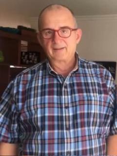 Jota Mario Valencia, presentador.