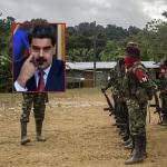 Guerrilleros del Eln y Nicolás Maduro, presidente de Venezuela.