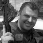 Oficial Jonathan Sierra Suaza