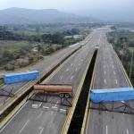 Bloqueo en puente Tienditas