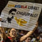 Fanático en contra de Maduro