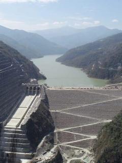 Hidroituango ya habría generado pérdidas por 4 billones de pesos (y la cuenta seguiría)
