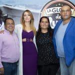 El exconcejal Luis Eduardo Díaz con su esposa Gloria Vargas y los actores Verónica Orozco y Enrique Carriazo.