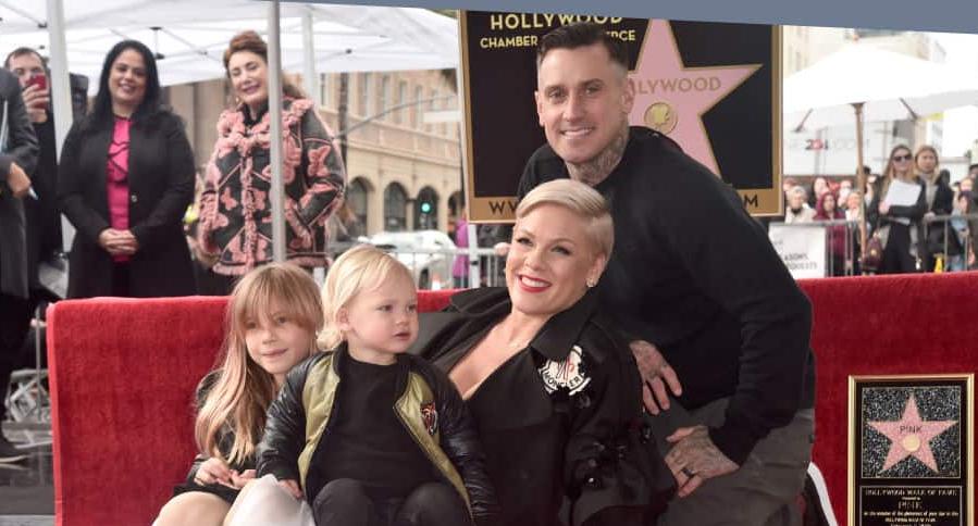 Pink, su esposo Carey Hart y sus hijos Willow Hart y Jameson Hart
