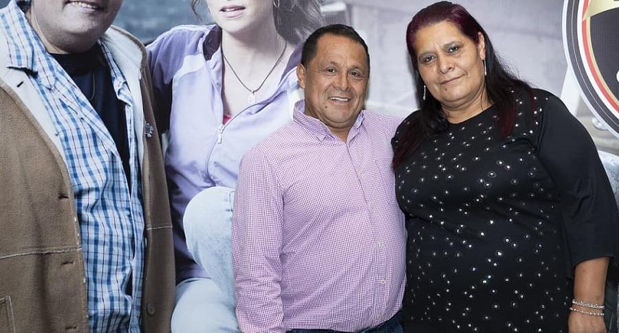 Luis Eduardo Díaz , exconcejal, con su esposa Gloria Vargas.