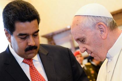 Nicolás Maduro y papa Francisco