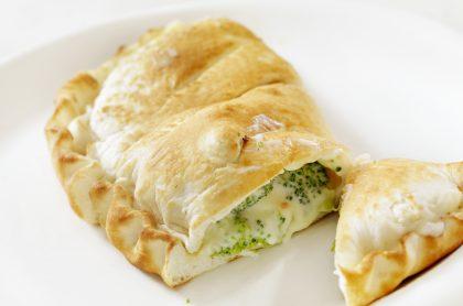 Empanada de brócoli y queso