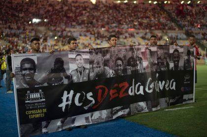 Homenaje a víctimas del incendio de Flamengo