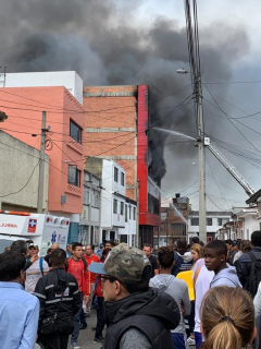 incendio en Barrios Unidos