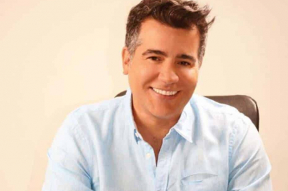 Carlos Calero, presentador colombiano.