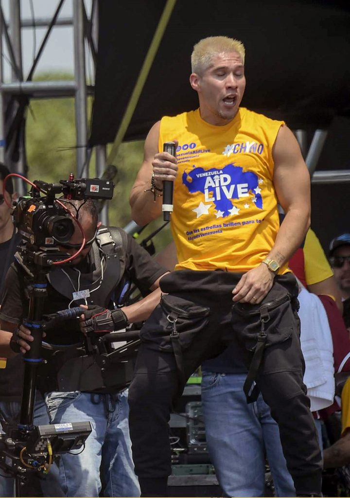 Chyno Miranda, cantante.