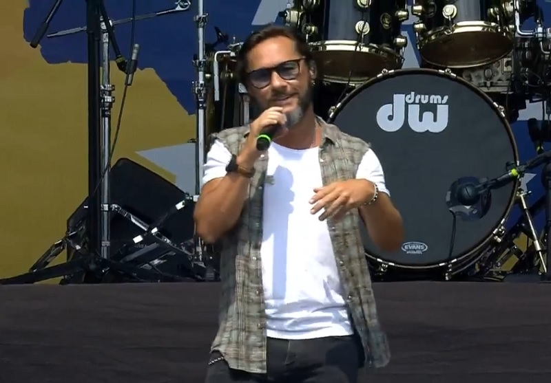 Diego Torres, cantante.