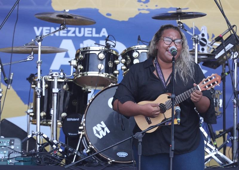 Reymar, cantante.