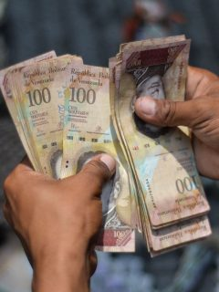 Maduro sube en un 375 % el salario mínimo en Venezuela; así queda en pesos colombianos