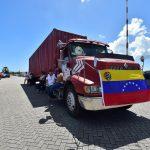 Camión con ayuda humanitaria para Venezuela.