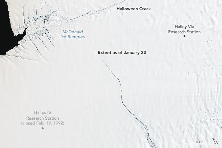 Grieta en una plataforma de hielo de la Antártida