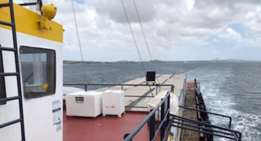 Barco de ayuda humanitaria de Puerto Rico