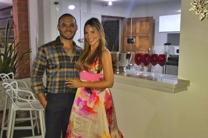 Paula Andrea Betancur, exreina, y su esposo, Luis Miguel Zabaleta, dermatólogo.