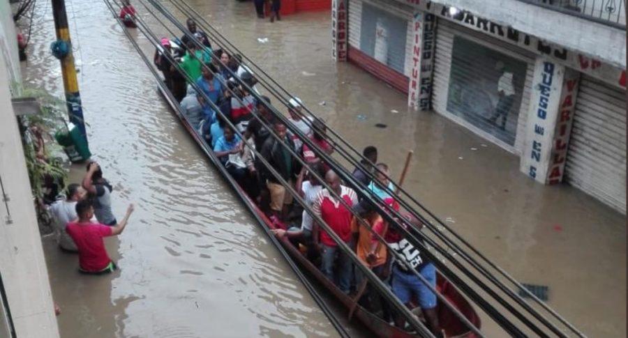 Calles inundadas en Chocó