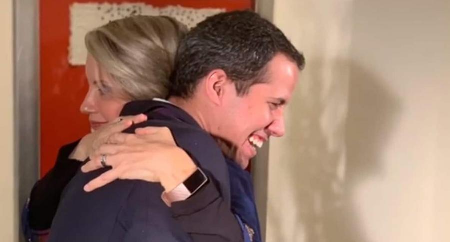 Claudia Gurisatti y Juan Guaidó