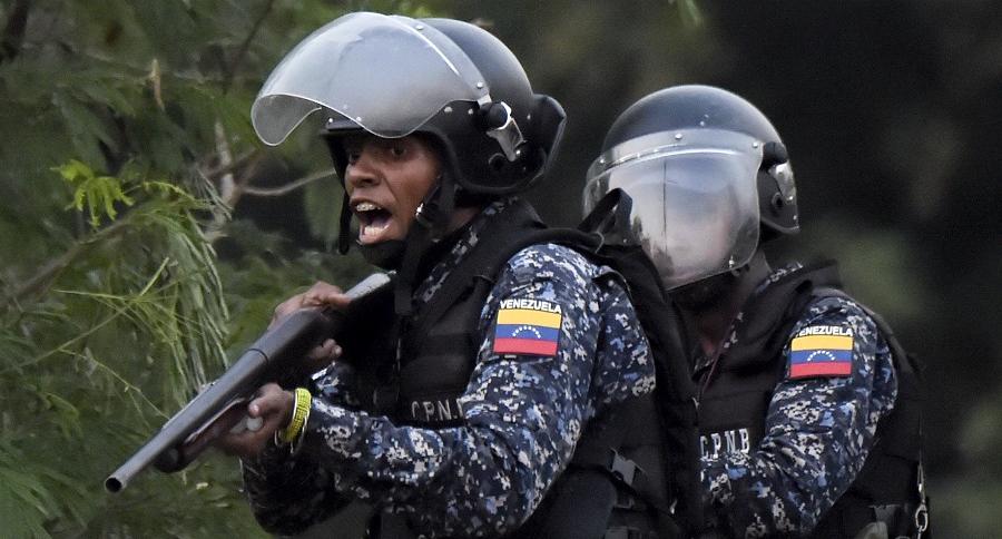 Oficiales de la Guardia Nacional Bolivariana