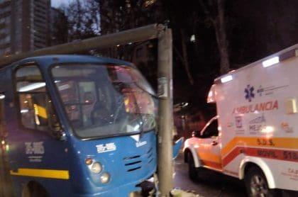 Accidente de bus del SITP en calle 32 con avenida Caracas
