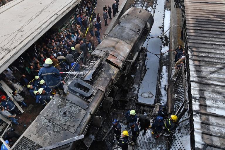 Locomotora de metro de El Cairo se estrelló e incendió