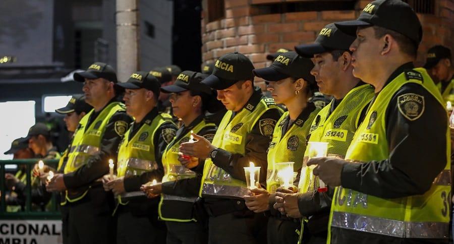Vigilia Policías
